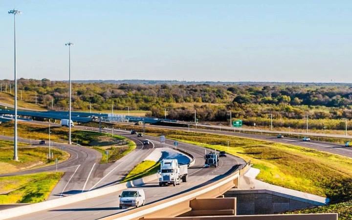 More people, more goods, more trucks, more challenges on Texas highways